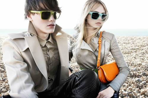 burberry-occhiali-da-sole-1. La collezione Burberry Brights che è ... 49035dc90fc