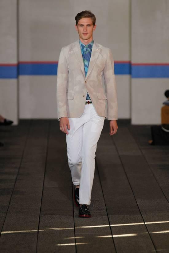 Sfilata Tommy Hilfiger Uomo primavera estate 2012 Moda