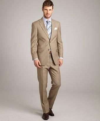 Personalizza l  abito da uomo elegante con il servizio online su misura di  Lanieri confezionati da sarti Italiani e completamente Made in Italy! 1a6b7902c57