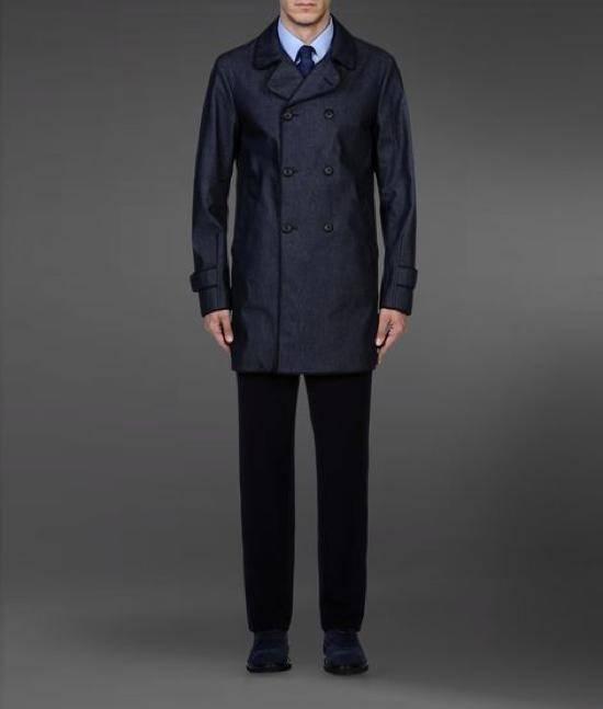 ea58791d32 Armani cappotto doppiopetto, must have di stagione - Moda uomo ...