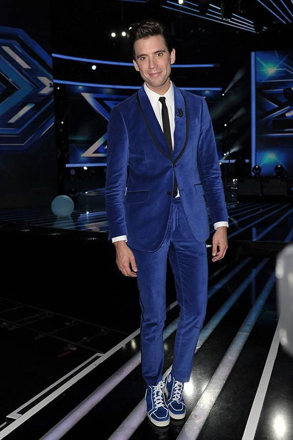 Mika, l'amatissimo giudice di X Factor, sceglie Moschino Uomo