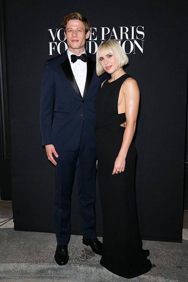 Burberry Veste Vogue Paris Fashion Fund  ecco James Norton e Jeremy Kapone 22203471198