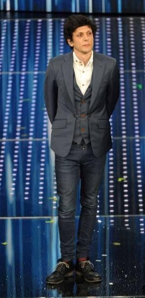 Che abito indossa Ermel Meta nuova proposta al festival di Sanremo?