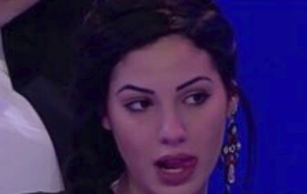 UeD: Baci Hot tra Andrea e Laura, Giulia lascia il programma COMMENTA