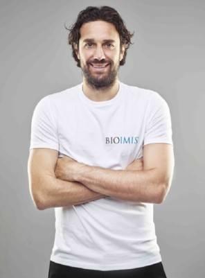Luca Toni è il nuovo testimonial di Biomis, la prima accademia alimentare