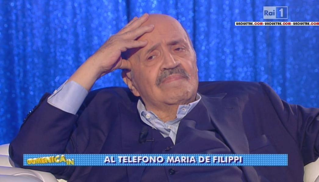 Maurizio Costanzo romantico e la promessa a Maria De Filippi