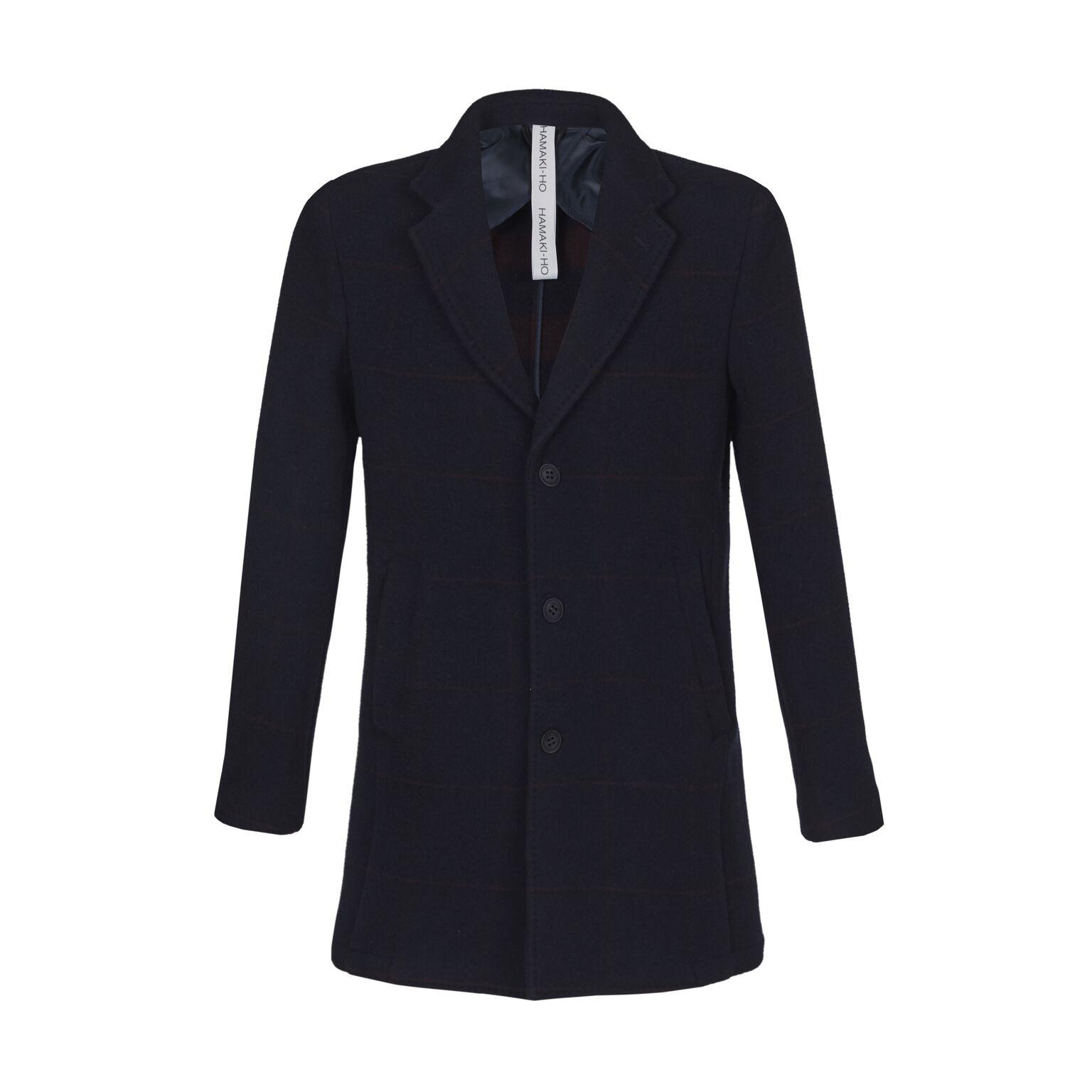 9cd1b75d40 Collezione Fall Winter 17 Hamaki-Ho il cappotto over un protagonista ...