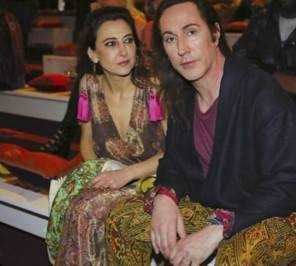 Sfilata Etro donna aI 2017 Manuel Agnelli abito Etro ospite