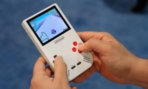 Ritorna il Game Boy con un tocco elegante-retrò che vi farà innamorare