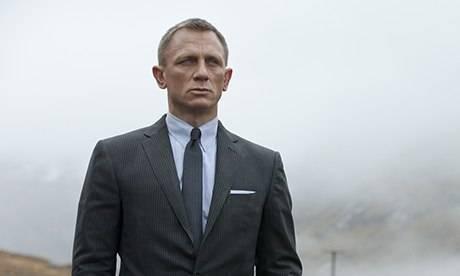Daniel Craig ci ripensa e torna sul set del nuovo film di 007 James Bond è tornato
