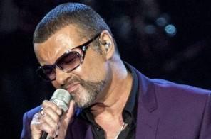 """George Michael primo in classifica con """"Without Prejudice Vol 1"""" a 10 mesi dalla morte"""