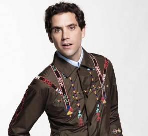 Stasera CasaMika dal 31 ottobre look, stilista e abito di Mika