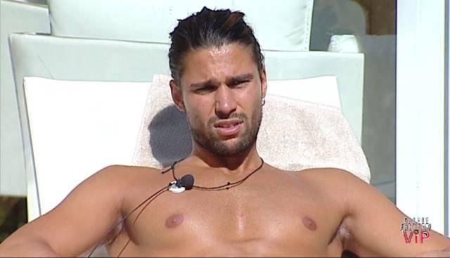 Grande Fratello VIP: Aria di crisi per Luca Onestini e Soleil Sorge