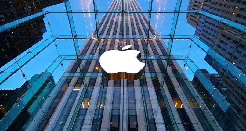 iPhone X 3 novembre esce in Italia prezzo abbonamenti e come comprarlo