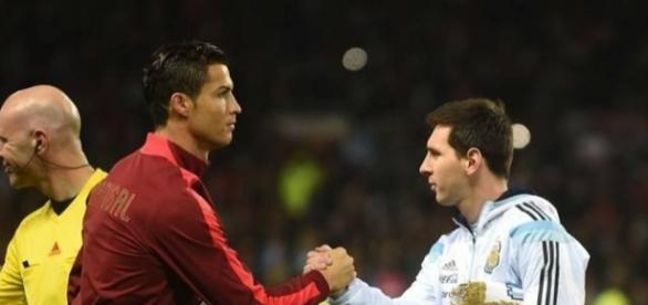 Pallone d'oro 2017 chi ha vinto Messi o Ronaldo? Pronostici e previsioni