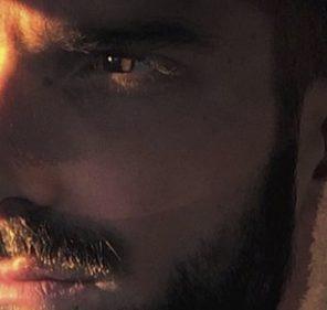 """Alessandro D'Amico di Uomini e donne scrive un lungo post su Alex Migliorini:""""Io sto qui"""""""