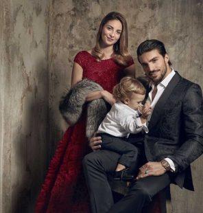 Marian Di Vaio sulla copertina di Vanity Fair con tutta la famiglia come la Royal Family