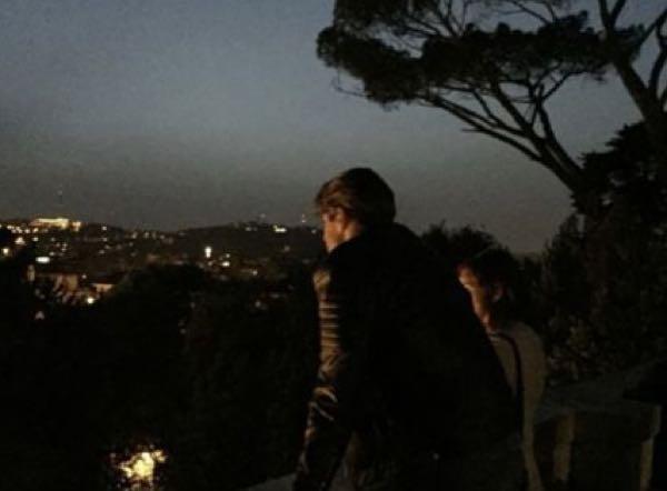 Nicolò Brigante prima della scelta avvistato di notte a Roma con una ragazza (segnalazione)