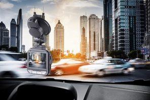 La videocamera per auto che registra senza sosta, caratteristiche e prezzo