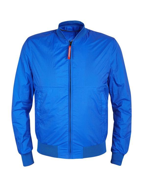 Pitti Uomo Giugno 2018 la giacca blue navy di tendenza