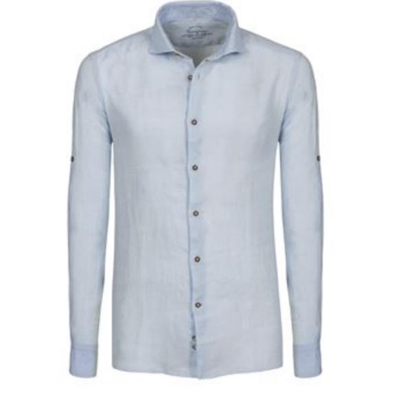 Come abbinare la camicia in lino e a stampe floreali? Ecco la tendenza