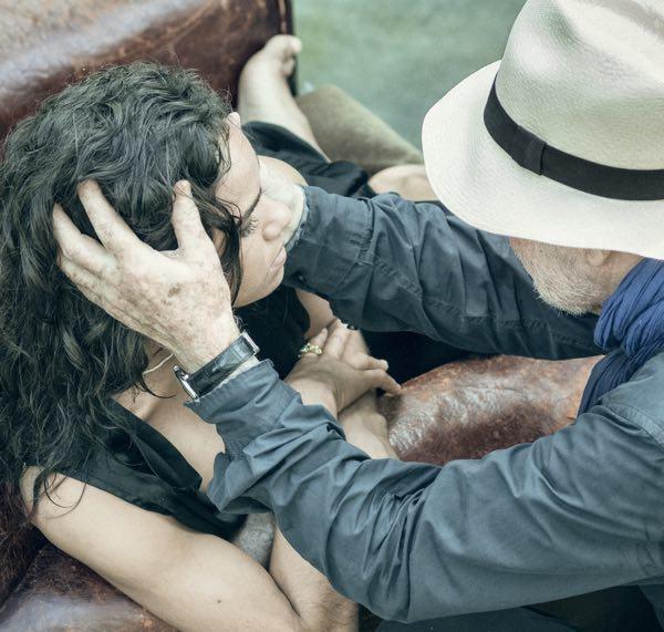 Calendario Pirelli 2019 foto backstage con Casta, Gigi Hadid, Julia Garner