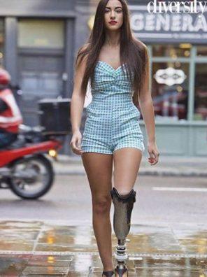 Miss Italia finale Chiara Bordi la miss con la protesi al piedi insultata e odiata sui social