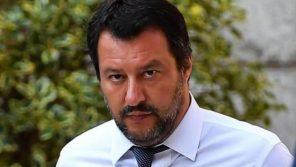 Matteo Salvini a Quarta Repubblica tra il decreto-ponte, gli immigrati e il mercato del lavoro