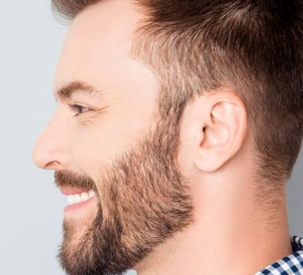 barba uomo rasoio
